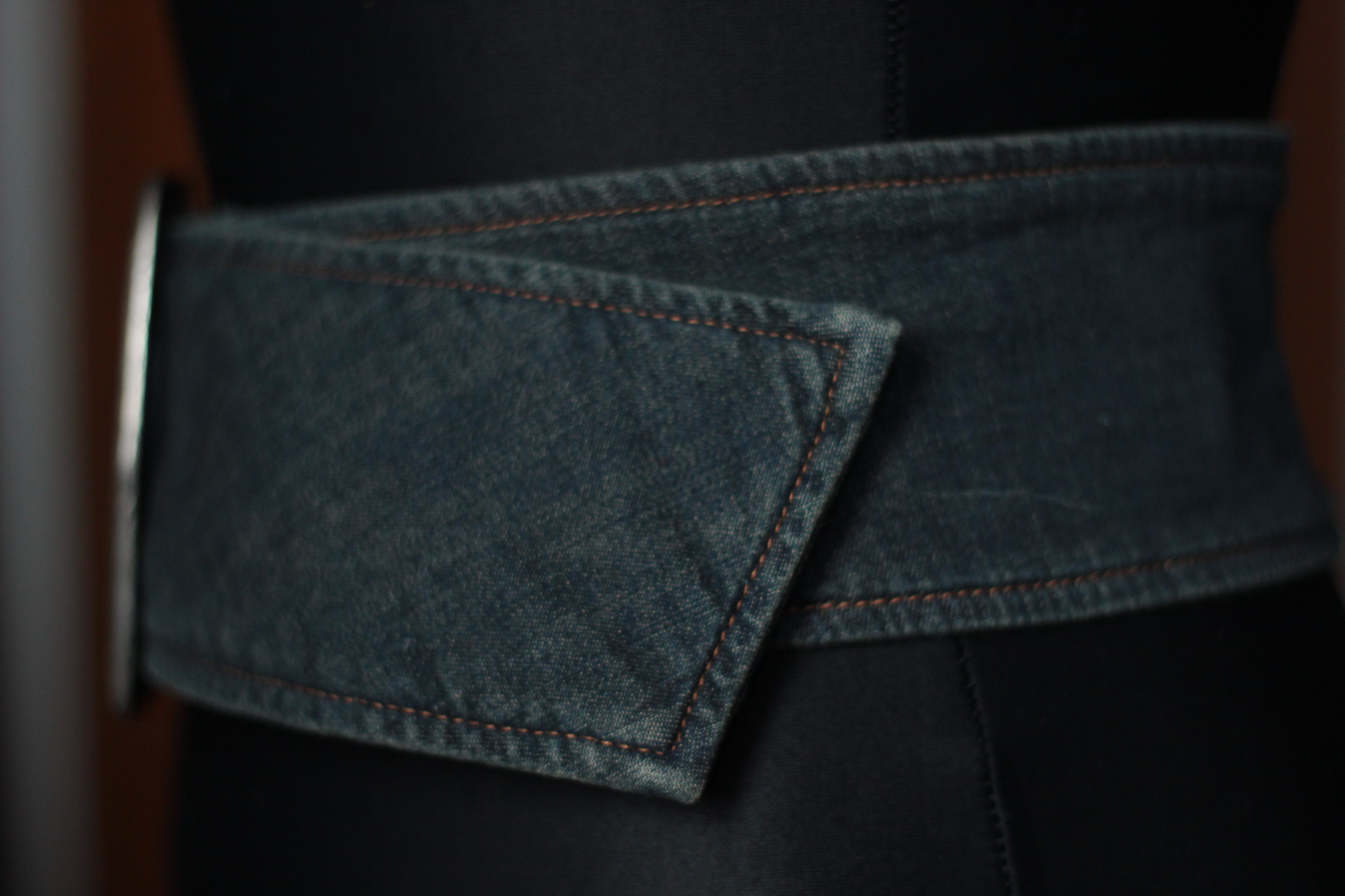 anerkannte Marken Qualität und Quantität zugesichert Shop für Beamte Vintage breiter blauer Jeans Gürtel